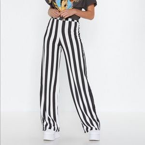Nasty gal striped pants